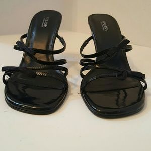 Splash Fashion Footwear size 8 Black patent leathe